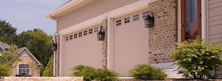 Nice CHI Garage Door Model 2216